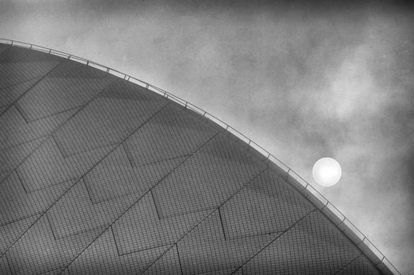 Opera house in Fog 1/5